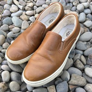 UGG Slip On Brown Leather Shoes Women's Size 7.5